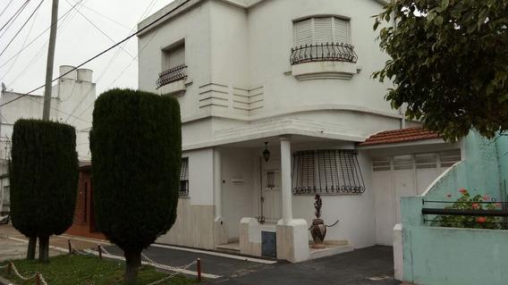 Avda. Debenedetti 3000 - Sarandí - Casa - Apto Crédito