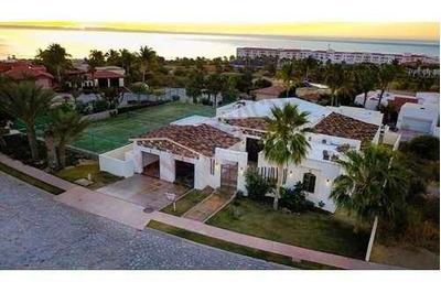 Amplia Casa En Venta En Exclusivo Club De Golf Cabo Real En El Corredor De San José Del Cabo