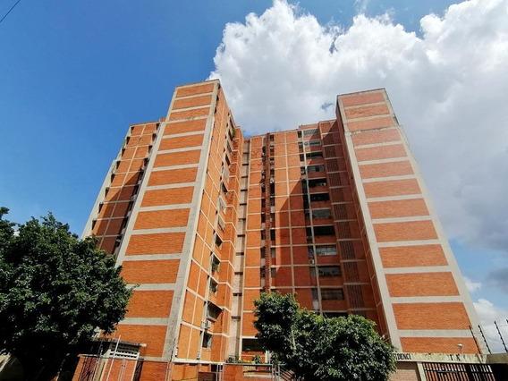 Apartamento En Venta Cabudare, Flex: 19-17532, Ng