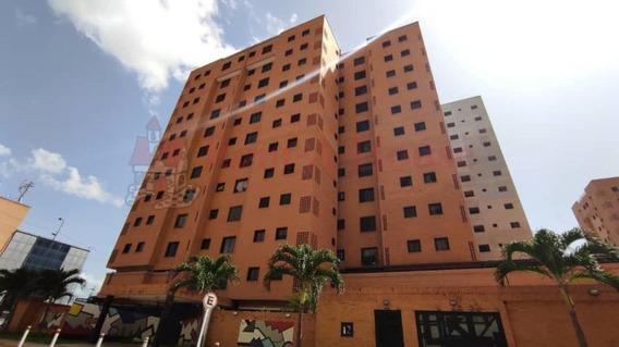 Apartamento De 106mts2 En Maracay Gbf20-21128