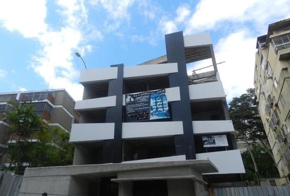 Apartamento En Venta Lomas De Las Mercedes 18-13250 Gn