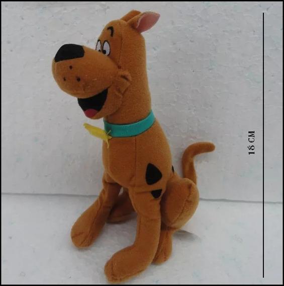 Boneco Scooby Doo Pelucia 18 Cm - Hanna Barbera - 0tt0