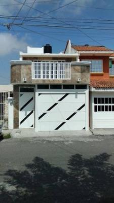 Casa En Fracc.villa Rica 1 Cuadra De La Farmacia Guadalajara