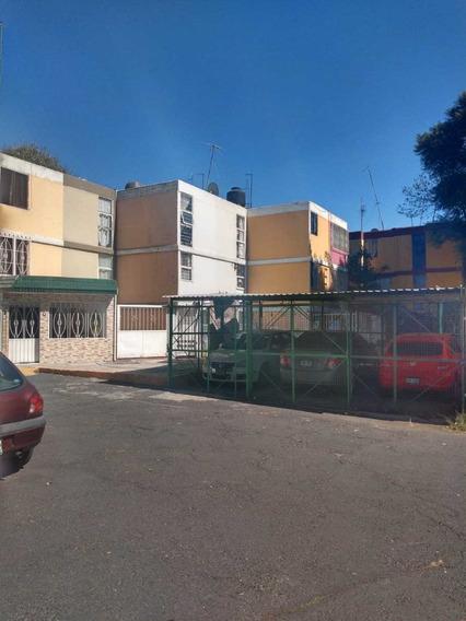 Economica Casa Infonavit Iztacalco Para Remodelar Tezontle