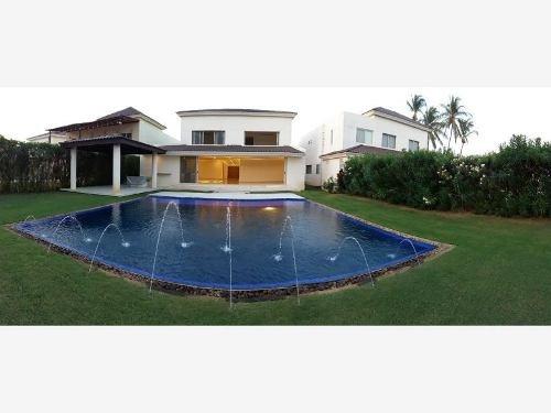 Casa Sola En Renta_vacacional Fracc Club De Golf Tres Vidas