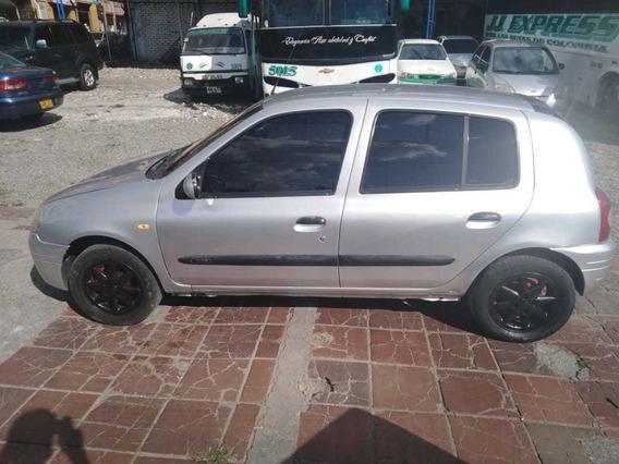 Clio Modelo 2003