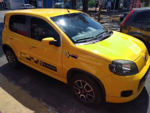 Imagem 1 de 2 de Fiat Uno 2012 1.4 Sporting Flex 5p