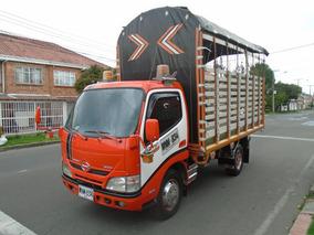 Hino Estacas Xzu640l-hkmln3 4000 Cc Mt