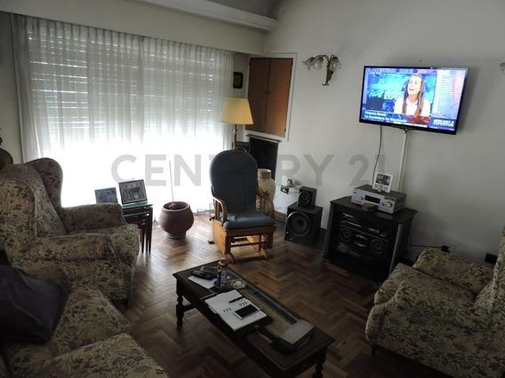 Diagonal 80 Y 47 Departamento 2 Dormitorios