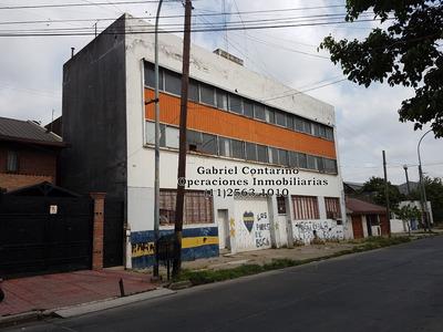 Excelente Edificio Industrial - Salida A 2 Calles