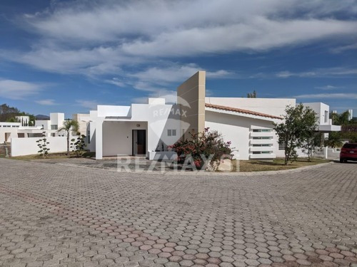 Casa Renta Balcones De Juriquilla