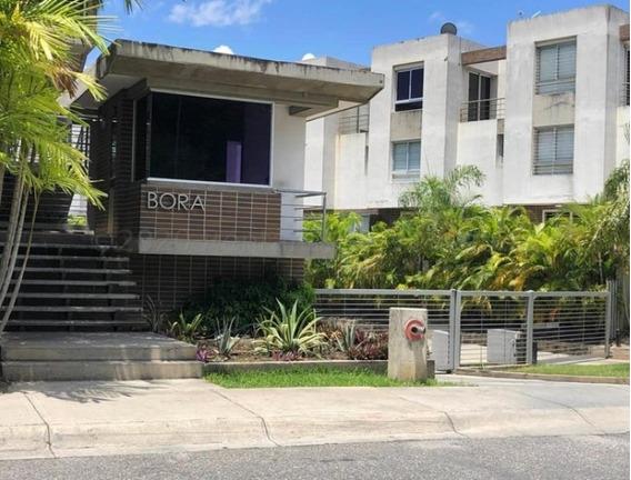Apartamentos En Venta Zona Este Barquisimeto 21-6920 Arq