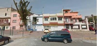 Remate Bancario Casa En Colonia Michoacana