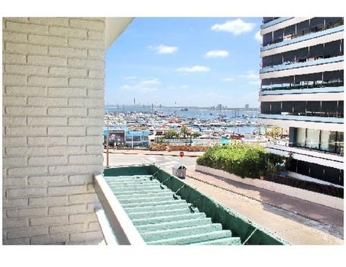 Apartamento En Peninsula, 2 Dormitorios *- Ref: 2926