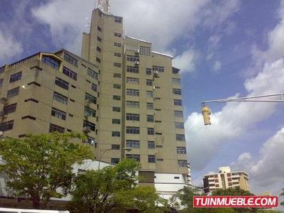 Oficina En Venta En Torre Caura, Puerto Ordaz.