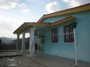 Casa En Venta En Trigal Norte Valencia 20-8404 Valgo
