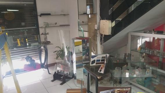 De Oportunidad Se Vende Taller De Aluminio Y Vidrio