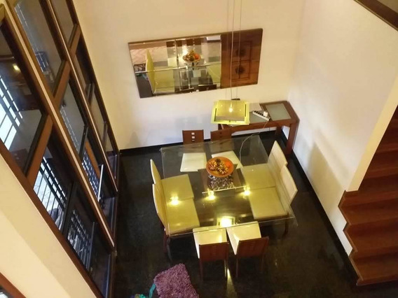 Excelente Casa A Venda No Bairro Ouro Preto Com 3 Quartos Sendo 1 Suíte E 4 Vagas De Garagem! - 14980