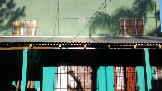 Vende Casa 3 Dorm En Santo Tome Corrientes.