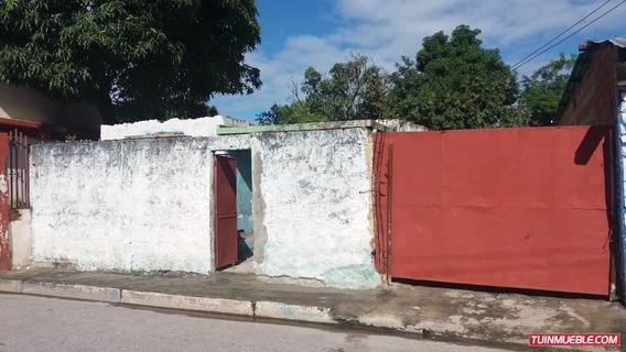 Casas En Venta 13 De Junio 04166467687