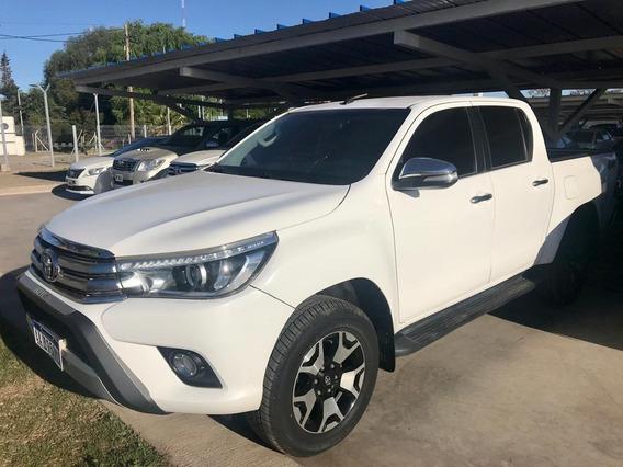Toyota Hilux 2.8 Dc 4x4 Tdi Srx L/16 2016