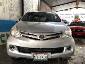 Toyota Avanza 1.5 Premium 7 Pasajeros 99hp 2015