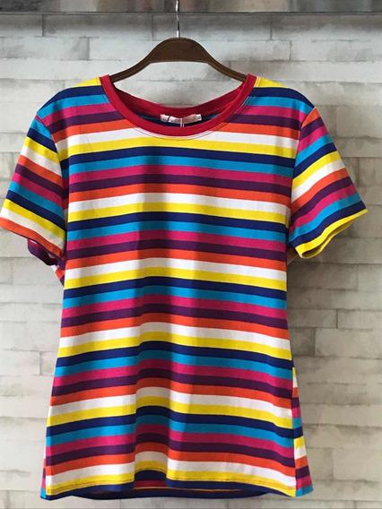 T-shirt Listras Coloridas Arco-íris