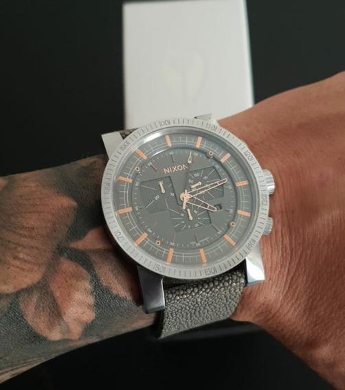 Relógio Nixon Magnacon Leather Ii