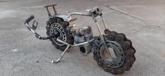 Moto Arte Chatarra Metálica