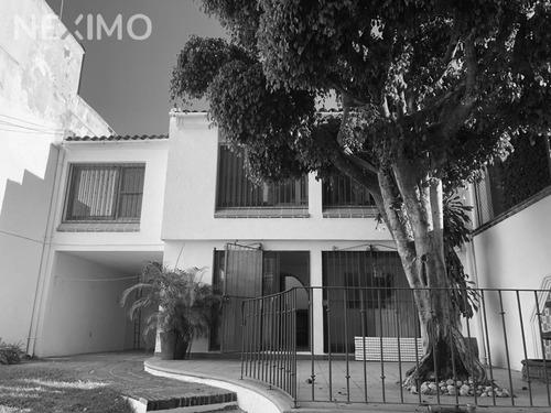 Imagen 1 de 7 de Casa En Venta San Jeronimo Con Vigilancia