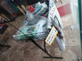 88ba4685e Vende-se Loja De Roupa (só Mercadorias Roupas)