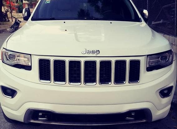 Jeep Grand Cherokee Overland 14