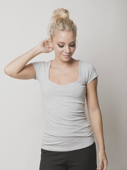 Remera Mujer Escote Espejo Mangas Cortas Stock Limitado