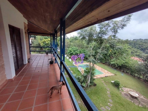 Chácara Com 5 Dormitórios E Area De 3000 M² À Venda - Chácara Dora - Araçariguama/são Paulo - Ch0124