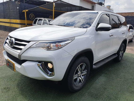 Toyota Fortuner Sw4 4x2 At 2018
