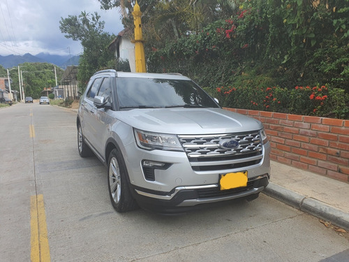 Ford Explorer Limited - 2019