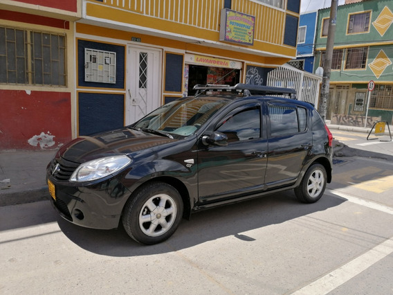 Renault Sandero Expression 2011