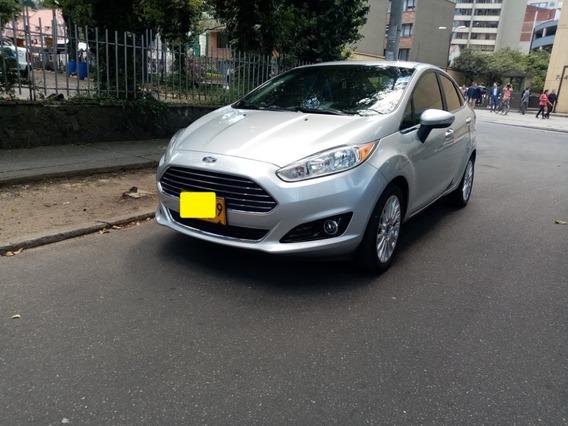 Ford Fiesta Titanium At 100% Financiado Kilometraje Original