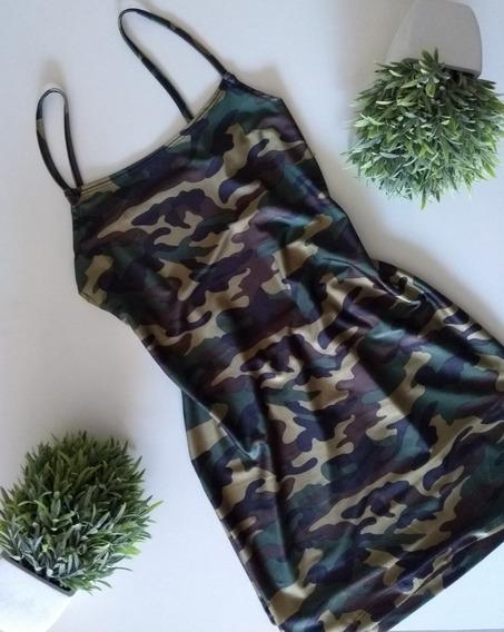 Vestido Camuflado Militar
