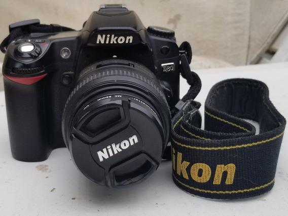Camera Nikon D80 + Lente Nikkor 40mm 2.8