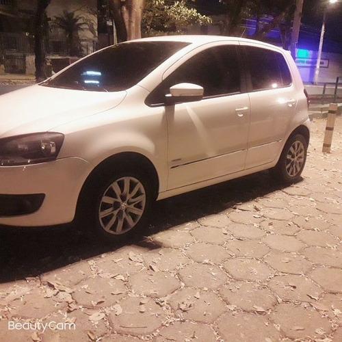 Imagem 1 de 12 de Volkswagen Fox 2013 1.6 Vht Prime Total Flex 5p