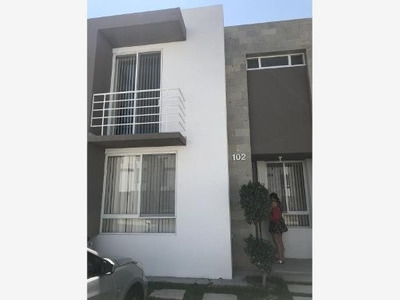 Casa Sola En Venta Fracc Zakia
