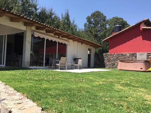 Imagen 1 de 14 de Casa En Venta En Cerro Gordo, Valle De Bravo