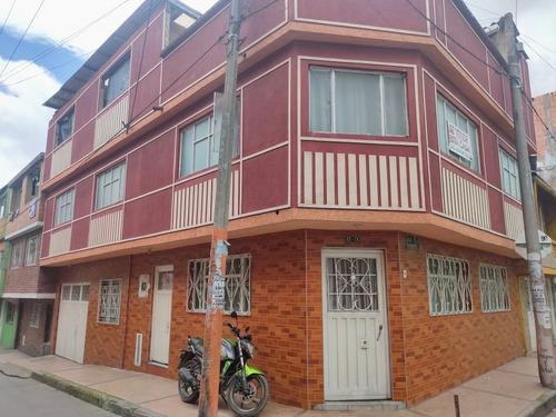Venta De Casa En Kennedy Rentable .4 Apartamentos