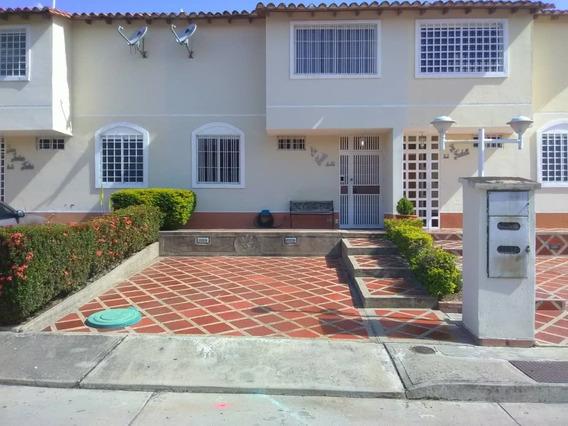 Se Vende Casa 115m2 3h/3b/2p Guarenas