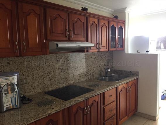Apartamento En Venta Barquisimeto Zona Este 20-9220 Aj