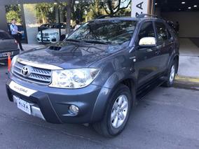 Toyota Hilux Sw4 Mt 3.0 Tdi Excelente Estado Alza Motors