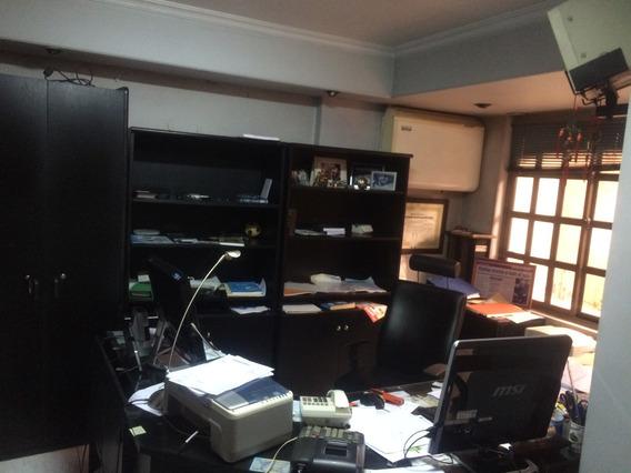 Oficinas En Primer Piso Acceso Independiente Zona Centrica
