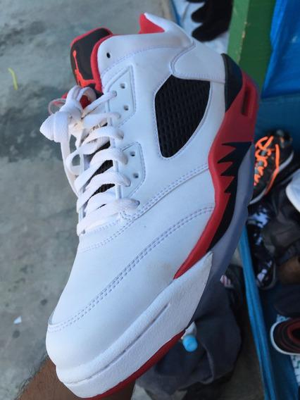 Nike Jordan 5 Low Numero 10.5us Y 12us