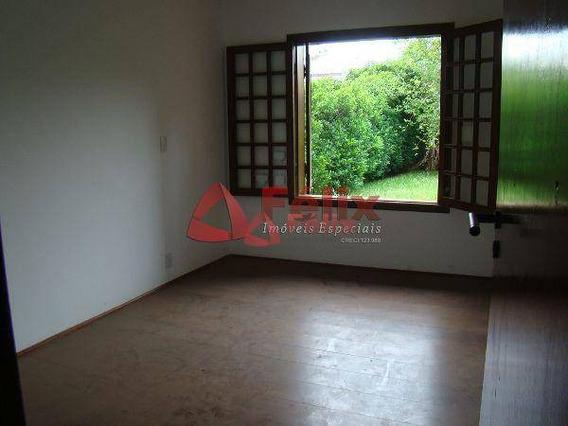Sobrado Residencial À Venda, Condomínio Village Paineiras, Pindamonhangaba. - So0124